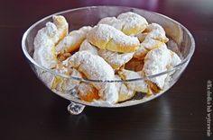Na słodko lub wytrawnie: Kruche rogaliki bez cukru i jajek z marmoladą