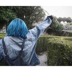 game Life is Strange Dye My Hair, Scene Hair, Hair Inspo, Hair Inspiration, Coraline Jones, Coloured Hair, Life Is Strange, Indie, Blue Aesthetic