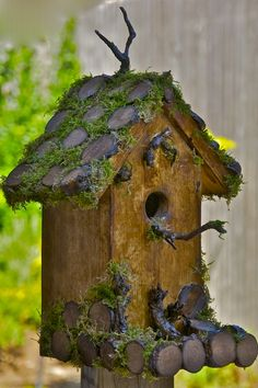 awesome home made bird house!