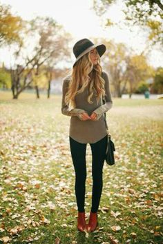 Perfect outfit of a mid temp autumn day or a breezy spring day. <3 Love it.