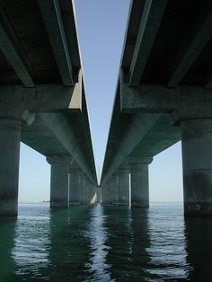 An unusual perspective of the massive bridge.