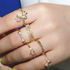 Fashion Various Pattern Rhinestone Embellished Ring For Women (ONE PIECE), RANDOM COLOR PATTERN, ONE-SIZE in #Rings #DressLily