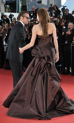 Brad Pitt And Angelina Jolie, Julia Roberts, Bridesmaid Dresses, Wedding Dresses, Cannes, Role Models, Red Carpet, Beautiful, Celebrities
