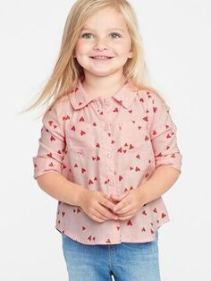 ShopStyle: Old Navy Heart-Print Lightweight Twill Shirt for Toddler Girls Toddler Boy Fashion, Toddler Girl Dresses, Toddler Girls, Kids Fashion, Winter Fashion, Sweaters And Jeans, Jeans And Boots, Valentine's Day Outfit, Outfit Of The Day