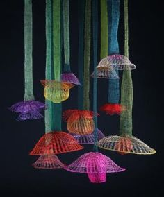 Arline Fisch, The Hanging Garden of California, 2010–2012, installation, coated copper wire, 15.2 to 58.4 cm in diameter, photo: Will Gullette