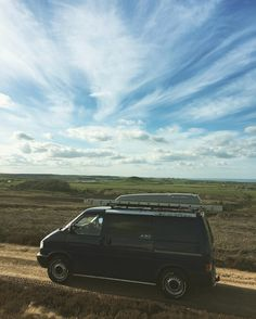 I took the long way home after borrowing the ladders #vwt4 #syncro #vanlife #t4syncro #offroad #yorkshire #moors by thelargeone66