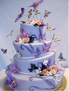 Amazing Cakes, Let's start with butterfly cakes! Gorgeous Cakes, Pretty Cakes, Cute Cakes, Amazing Cakes, Dead Gorgeous, Fancy Cakes, Butterfly Wedding Cake, Butterfly Cakes, Purple Butterfly Cake