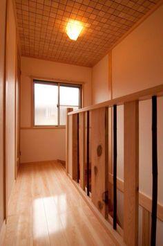 奈良県産の桧を使った階段手すり(一家団欒の家)奈良県橿原市・木の家・秦建築