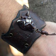 Wolf Head Celtic Knots Amulet Talisman Handmade Genuine Leather... ❤ liked on Polyvore featuring jewelry, bracelets, celtic knot jewelry, carved jewelry, knot jewelry, knot bangle and leather jewelry
