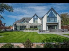 This luxurious self-build home has been built and finished to the highest standard. A perfect combination of light-filled open plan spaces, alongside small,c. Bungalow Exterior, Bungalow Renovation, Dream House Exterior, Exterior Homes, Bungalow Extensions, House Extensions, House Designs Ireland, Rendered Houses, Self Build Houses