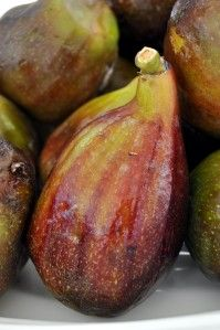 Figs and treasures - Portuguese figs are now in season - via Salt of Portugal