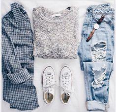 Fail outfit gray sweater| boyfriend jeans| convers Allstars| denim