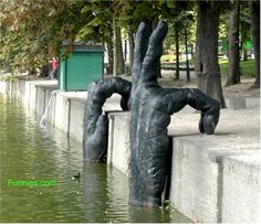 Google Image Result for http://www.funnies.com/awesomeart/funny-art-sculpture-hands2.jpg