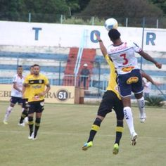Cañete comemora primeira vitória do São Bernardo, mas cobra evolução +http://brml.co/19aiW8j