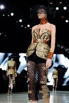 Alexander McQueen's Bee-Themed Collection