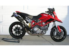 2010 Ducati Hypermotard 113237357 large photo