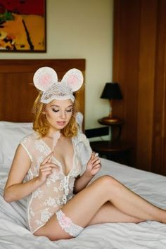 S.N.O.B.B.™: Perfect Wedding Lingerie for the Perfect Bride