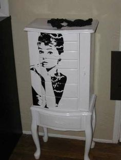 1000 images about jewelry cases on pinterest jewelry. Black Bedroom Furniture Sets. Home Design Ideas
