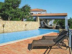 Vakantiehuis Casa Joia  in Sao Bras de Alportel, Algarve - 8 personen, 4 slaapkamers  Vakantieverhuur in Sao Bras de Alportel en omgeving van @homeaway! #vacation #rental #travel #homeaway