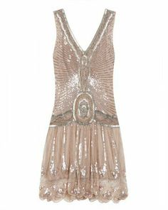 Cute little Flapper party dress accouterments-of-attire Flapper Party, Flapper Style, 1920s Flapper, Gatsby Party, 1920s Style, 1920s Party, Gatsby Movie, Vintage Style, Gatsby Girl