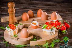 Zestaw desek z drewna jesionowego do serwowania jajek i nie tylko. Więcej na www.wood-idea.pl
