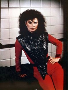 "I was obsessed with this show.  (LR)  Diana (1983-84) Jane Badler in ""V"" #1980s"