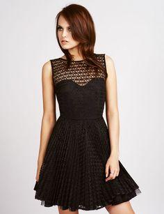 La robe noire dentelle - 20 petites robes noires tendance - Femme Actuelle