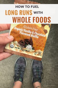 Tired of sticky gels? Learn how to fuel your long runs with whole foods - including what and how much to eat - for better energy and less GI discomfort. Nutrition For Runners, Diet And Nutrition, Health Diet, How To Run Faster, How To Run Longer, Runner Diet, Runners Food, Running Challenge, Chocolate Waffles