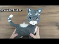 Amigurumi Minnoş Kedi 1.Bölüm ön bacak tarifi.. #amigurumikeditarifi​ - YouTube Crochet Disney, Baby Knitting, Dinosaur Stuffed Animal, Crochet Hats, Youtube, Animals, Disney Cakes, Baby Bjorn, Crochet Animal Amigurumi