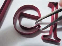 How to do 'name' quilling.  Very excellent tutorial!