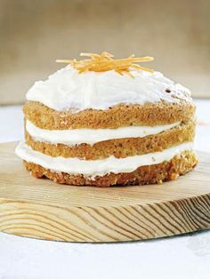 image Pan Dulce, Carrot Cake, Matcha, Vanilla Cake, Baked Goods, Carrots, Icing, Sweet Tooth, Dishes
