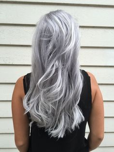 Violet Ice Marije Stoelhorst ( an artist at Salon B in Almere (Netherlands) says she is a 'Proud member of the Unicorntribe! My biggest passion (next to my two daughters) is color, especially the grey, silver and cool blonde . Silver Platinum Hair, Platinum Hair Color, Silver Grey Hair, Silver Hair Colors, Silver Ombre, Platinum Blonde, White Hair, Long Gray Hair, Hair Shades