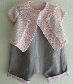 Rose poudrée avec gris souris: gilet à manches courtes en coton (aiguilles n° 4)…