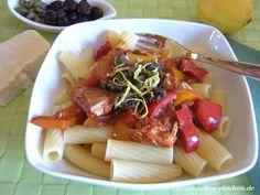 Pasta mit Paprika und Thunfisch