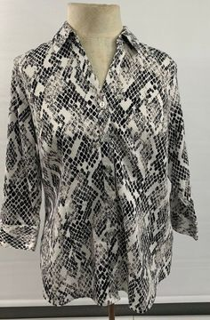 f80157fd Woman Black/White 212 Collections Long Sleeve Button down shirt size XL V10  #fashion
