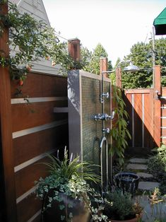 outdoor-shower-fixtures-Patio-Contemporary-with-container-plant-faucet-groundcover.jpg (742×990)