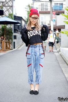 Egg Magazine model Ezaki Nanaho on the street in Harajuku w/ crop top, boyfriend jeans & studded loafers.