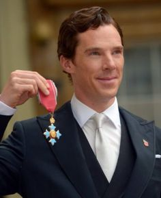 Dont you just love this picture?! Benedict received his CBE from the Queen today! Congratulations! 10/11/15.