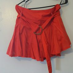 Red/Orange Topshop skirt Topshop skirt from London with pockets and belt. Runs small UK 10 more of US size 4 Topshop Skirts Mini