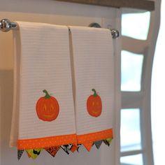 Cute prairie point dish towels for Halloween