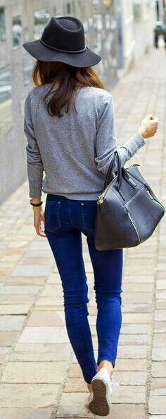 Love everything about this casual outfit!