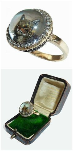 Antique reverse painted crystal intaglio ring with cat. Best cat ring ever!
