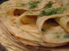 хычины— жареные лепёшки из пресного теста с картофельно-сырной или мясной с зеленью начинкой, национальное блюдо карачаевцев и балкарцев.