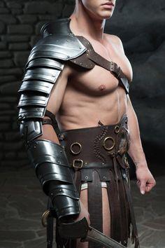 Hommes cuir véritable épaule harnais live-action GN corps ARMOUR corps en cuir ARMOUR
