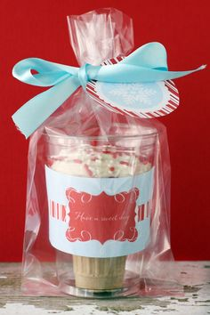 ice cream cone cupcake favors. This is cute for so many reasons!!!!!