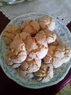 Travelogue Sardinia: Pistoccheddus ed antichi segreti, amaretti.