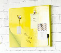 """Magenetic Whiteboard 16x20"""" Sticky Pad Design Loving the yellow colour scheme at the moment"""