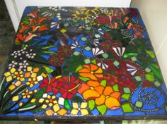 Mosaic Tables - Best Online Mosaics Supplier for Mosaic Tiles & Supplies. Learn the art craft of Mosaics with us!