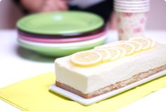 Tarta GinTonic sabor limón Flavoured Gin, Thermomix Desserts, Mouth Watering Food, Gin And Tonic, Cake Pops, Vanilla Cake, Sweet Recipes, Cookie Recipes, Cheesecake