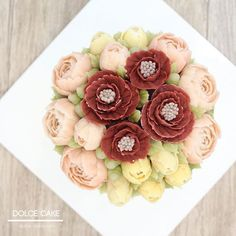 오늘은앙금! #꽃#flower #동백꽃#앙금플라워케이크#flowecake#cake#flowers#fiore#작약#장미#플라워케이크#플라워케이크클래스#케이크#torta#rose#앙금플라워#cooking#baking#dolce#dessert#떡케이크#buttercream#튤립#tulip#camelia#꽃스타그램 #인계동#blossom#bouquet#bakingclass